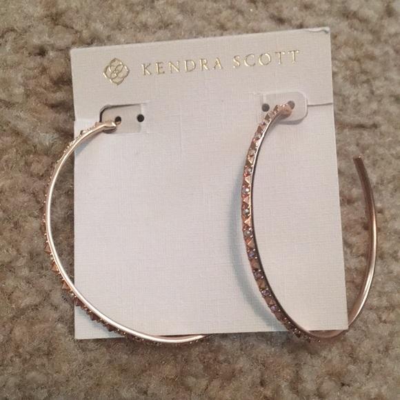 d1d73650af654 Kendra Scott Val Rose Gold Hoops NWT